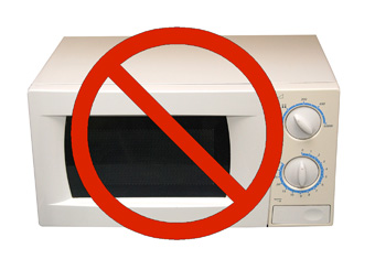 6 Reasons to Never Use Your Microwave Again