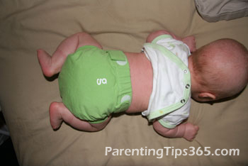 Baby Wipes Alternatives: More Natural Ways to Clean a Bum