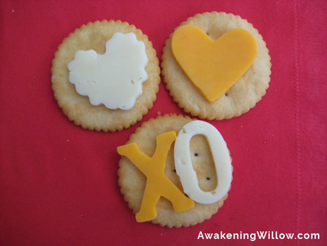 Beyond Cupcakes & Cookies: Healthy Valentine's Day Snack for Kids' School Parties (or at home)